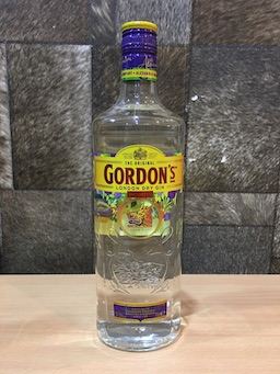 Gordon Dry Gin, (75cl, Acl: 37.5%)